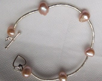 Pink and silver pearl Bracelet, silver bracelet, pink bracelet, gift for her, pearl bracelet, freshwater pearl bracelet, pink pearl