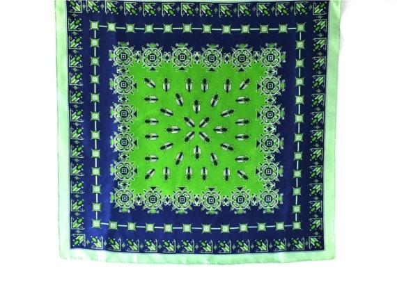 Vintage scarf silk chevron diamonds large green emerald sodalite blue carré womens XXL square print