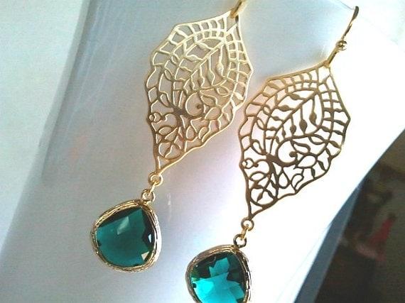 Emerald Earrings, Wedding Earrings, Green Earrings, Birthstone,Drop, Dangle, Glass earrings, Bridal Jewelry,bridesmaid Christmas Gift