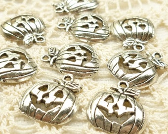Smiling Jack-o-Lantern Pumpkin Charms, Antique Silver (6)