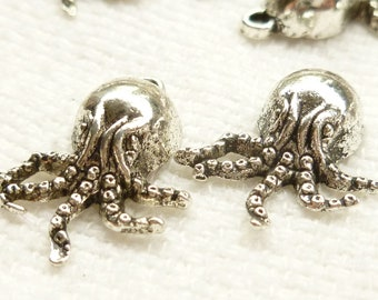 Silver Tone Octopus Charms (6) - S50