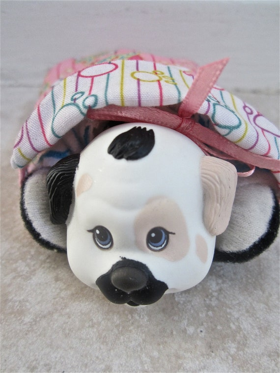 Puppy Surprise Dress Up Pet Baby Pups Surprise Outfit 1992