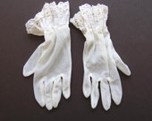 CIJ- Vintage Woman's Sheer Dress White Gloves - 1940s - jewelryandthings2
