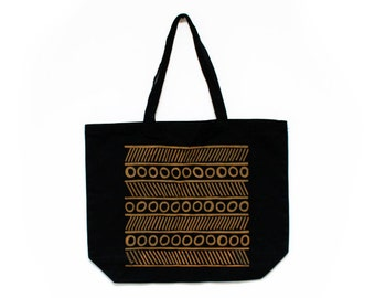 CLEARANCE!!! Circles & Lines Tote Bag in Black/Brown