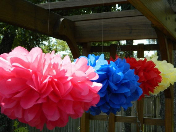"12 Small (9"") Tissue Paper Pom Poms - Wedding/Birthday/Baby Shower/Bridal Shower/Nursery"