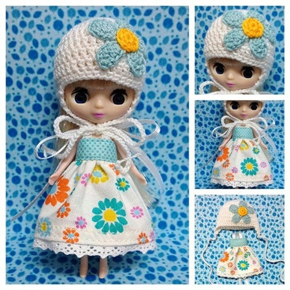 "Petite Blythe / Little Dal Outfit : ""Blue & Blossoms Mini Set"" (Dress and Crochet hat)"