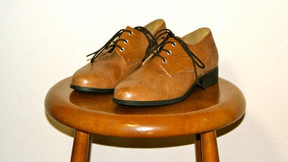 Vintage LIKE NEW Brown Leather Oxford Shoes 7.5 38