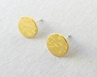 Tiny disk stud Earrings,Gold Disc Stud  Earrings -Handmade  Hammered Disc (9.5mm,3/8 inch) earrings