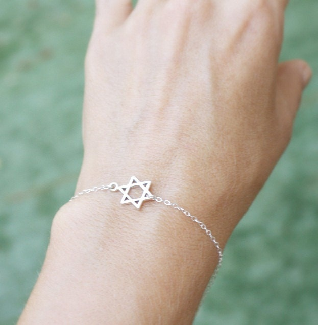 Star of david bracelet tiny jewish star sterling silver for Star of david necklace mens jewelry