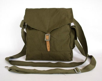 Vintage Authentic Military Bag, 1960's Green Cotton Canvas Messenger Bag, Crossbody Bag, iPad Bag, Military Surplus Collectibles