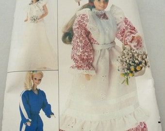 Vintage Butterick Pattern 4687  Wardrobe for Dolls Such as Barbie