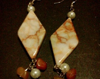 Marble and red earrings