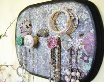 Jewelry Display, Earring, Necklace, Ring Hanger Cottage chic, Shabby Chic, Gray, Pink, Teal