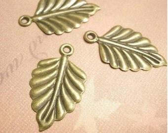 12pc antique bronze 25x15mm iron leaf pendant-5941