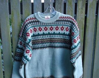 Vintage 1960s JANTZEN SNOW MOUNTAIN Wool Ski Sweater