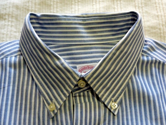 Vintage Brooks Brothers MAKERS Blue, Gray, & White Striped Button Down Collar OCBD Shirt. 16 1/2 - 3. Made in USA.