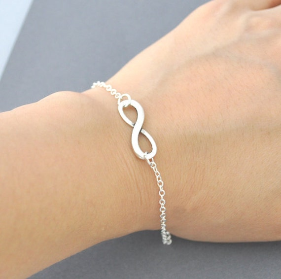 Silver infinity Bracelet, everyday Jewelry, infinity Jewelry, everlasting lover, enternity, gift for BFF, shyny silver, silver bracelet,gift