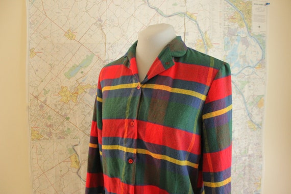 Womens plaid shirt. Vintage shirt. 70s shirt. Button up shirt.