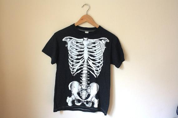 90s Vintage Goth Skeleton Tshirt