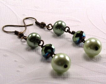 Green Glass Pearl Earrings