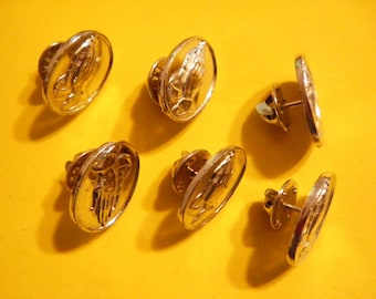 6 Vintage 21x17mm Silverplated Oval Praying Hands Pins