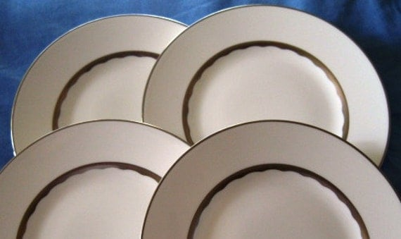 Wedgewood Bone china Silhouette Salad Plates Set of FOUR MINT
