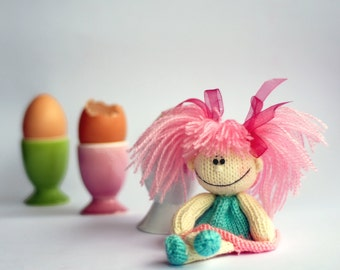 Funny small doll with pink hair for keeping warm breakfast egg  - knitting pattern
