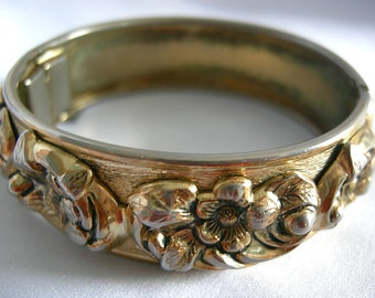 Signed WHITING DAVIS High Relief Floral Motif Hinged Clamp Cuff Bracelet | Vintage Pre 1980
