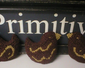 Primitive Folkart 3 Redware Chicks Hooked Rug Ornaments