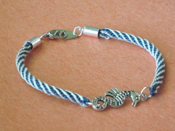 Seahorse bracelet - kumihimo braid - royal blue and white