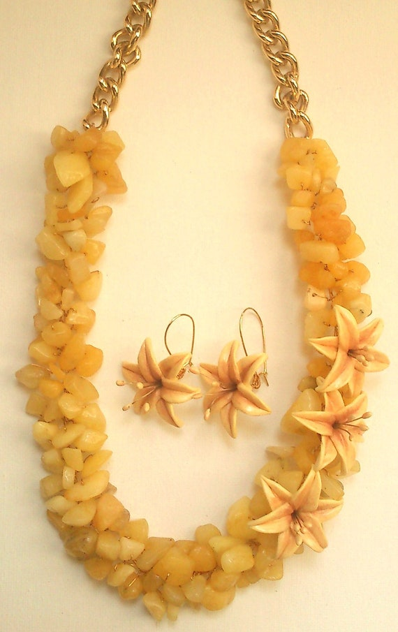 Statement necklace - Jade jewelry set- Yellow jade necklace- Handmade jewelry set
