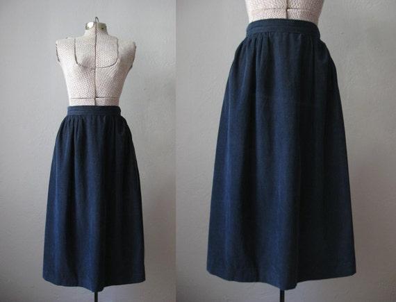 Vintage 60s Dirndl Skirt / Corduroy Midi Skirt Navy Blue / Skirt With Pockets / Size Small S