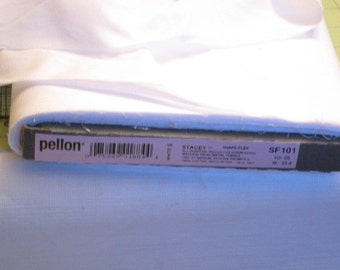 PELLON SF101 Woven Fusible Interfacing white
