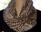 SALE  Infinity Scarf Pecan Brown, Black and White