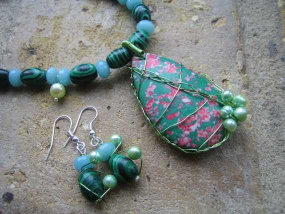 Patterned Howlite Wired Pendant with Green Howlite, Bright Green Pearls and Aqua Blue Chinese Jade Handmade Necklace and Earrings