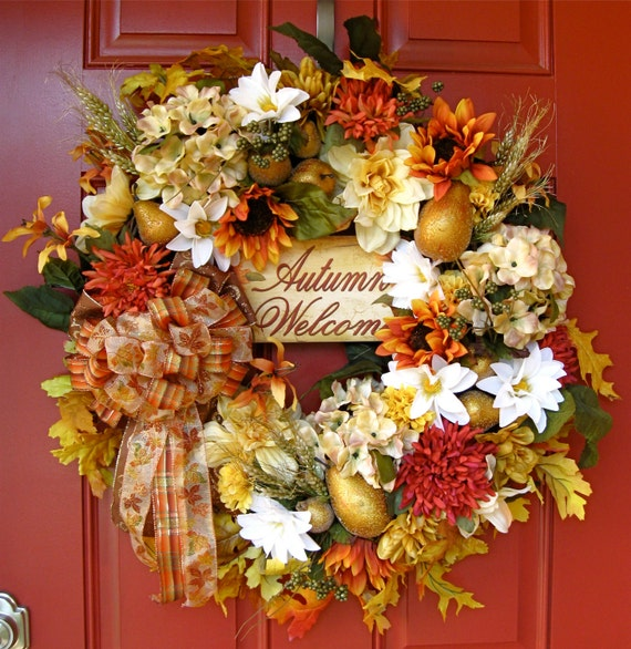 Welcome to the Lighter Side of Autumn XXL Luxury Wreath, pears, beaded fruit, sunflower, mum, hydrangea