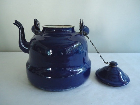 Vintage Enamel  Blue Teapot,  Made in Yugoslavia, 1 1/2 Quarts