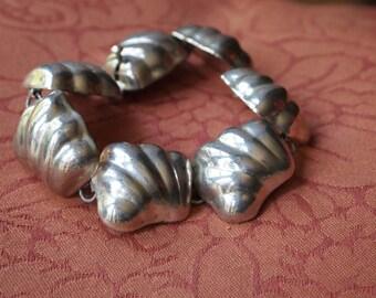 Beautiful Vintage Sterling Silver Bracelet