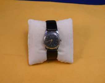 """USSR  """"MOSKVA"""" wrist watch 1940-50  Ultra Rare VERY Very Good condition"""