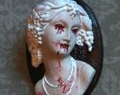Elizabeth Bathory Gothic Brooch (Vampire)