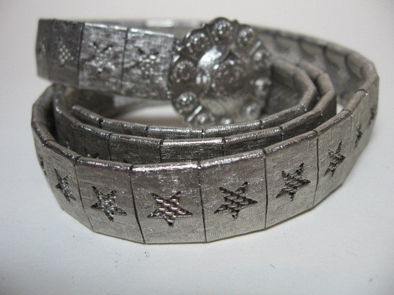 Reserved Listing for Nikki -- Skinny Chic Belt - Silver tone Metal STARS - Great for kids or women with a tiny waist