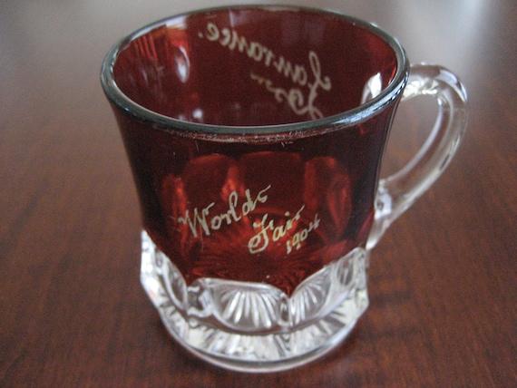 World's Fair 1904 Souvenir Ruby Flash Glass / Mug
