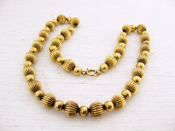 vintage gold bead necklace. 1930s / 40s Binder Bros. TIMELESSLY.