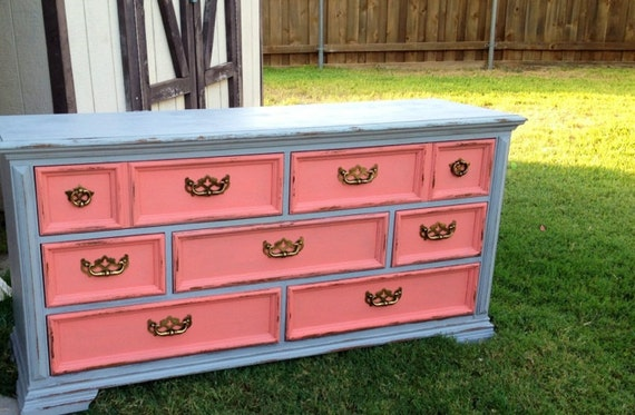 Attrayant Items Similar To SOLD Hand Painted SALE Vintage Dresser//Coral U0026 Light Gray  On Etsy