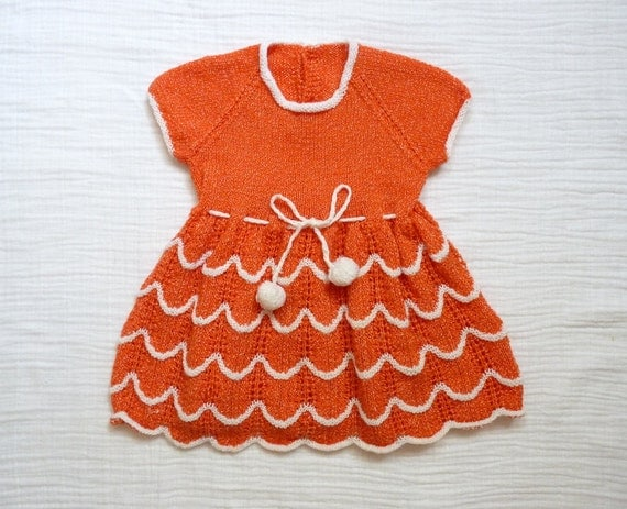 RESERVED Vintage dress, toddler 2T. Orange-red and white. Hand knit
