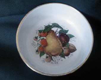 Ramekin/ Harvest Jam Dish/ / Vintage Cottage/ Elsenham English Pottery