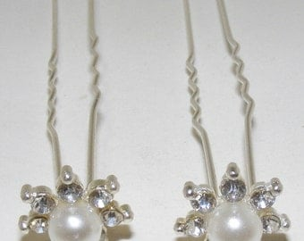 Classic Modern  Pearl and Crystal Wedding Hairpin