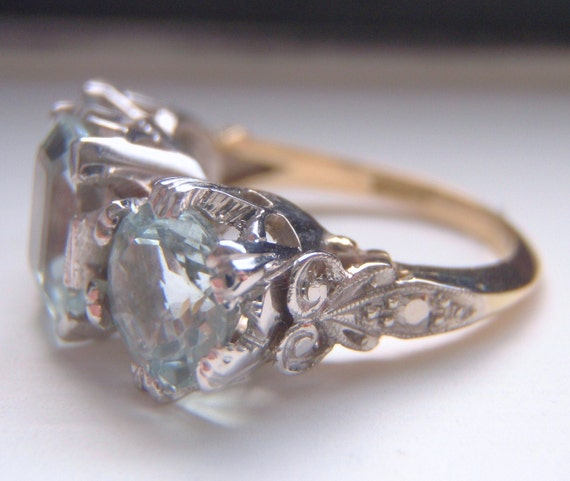 SALE SALE 2.74 Carats of Dazzling Aquamarines. An Impressive Vintage Engagement Ring with Individuality. Quality 18CT Gold.
