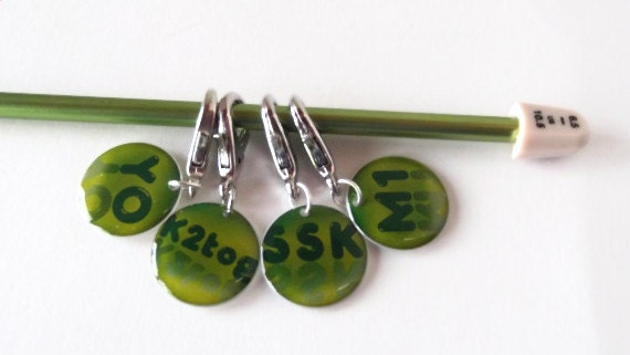 Stitch Markers Knitting Terms Set of 4 Closed or Open by Yarnettes