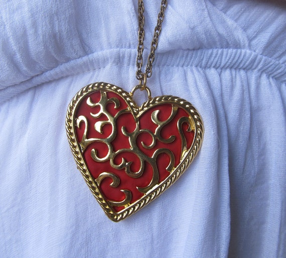 Zelda Heart Container Necklace: Heart Container Necklace:Legend Of Zelda By Dreamscapee On
